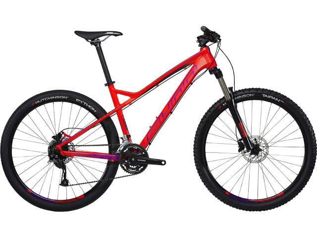 """Športovo ladený bicykel na kolesách priemeru 27,5"""", osadený spoľahlivým mixom sád Shimano Acera a Altus so širokým rozsahom prevodov. Ľahký hliníkový rám a odpružená vidlica so zdvihom 120mm robia z modelu Tox ideálneho spoločníka pre športové jazdenie v lese a výjazdy s priateľmi."""