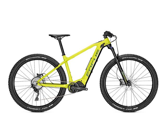 Nenájdete na trhu mnoho elektrobicyklov, ktoré vyzerajú naživo ešte krajšie a lákavejšie než na profi fotografiách. Tento fakt, je jeden z hlavných dôvodov, prečo si  nový JAM2 2019 HT Nine pozornosť u záujemcov rozhodne vynucovať nemusí. Nemecký výrobca Focus Bikes túto hardtail kategóriu  postavil na vlastnom dizajne ľahkého ultraštíhleho rámu s kvalitným plneintegrovaným pohonom Shimano Steps E8000 a batériou s možnosťou rozšírenia prídavným T.E.C modulom až do kapacity 760Wh